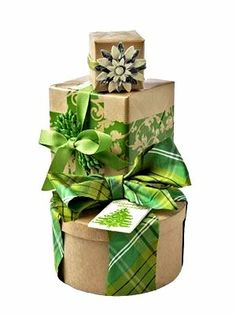 #Christmas gift #wrapping ideas ToniK ⓦⓡⓐⓟ ⓘⓣ ⓤⓟ #DIY #crafts Natural & green