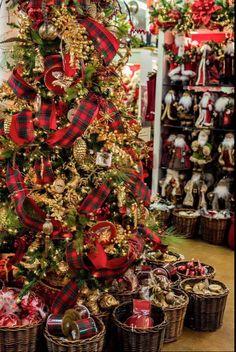 191 melhores imagens de Natal vermelho 47fa06890d8