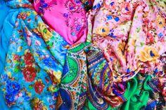 Fulares de seda reversibles XL JULUNGGUL Hecho en España. Silk foulards XL Made in Spain. www.julunggul.com Moda y complementos JULUNGGUL