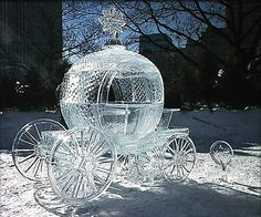 ice sculpture #winterwedding #weddingideas #winterwonderland