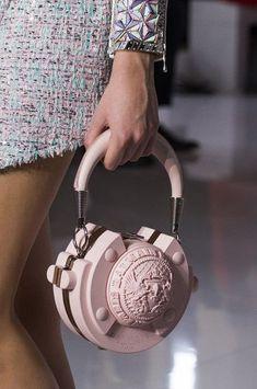 bag accessories Balmain at Paris Fashion Week Spring 2019 - Details Runway Photos Cheap Purses, Unique Purses, Cheap Handbags, Cute Purses, Purses And Handbags, Cheap Bags, Wholesale Handbags, Pink Purses, Spring Handbags