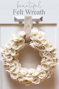 This Rosette Felt Wreath Tutorial makes a beautiful wreath. You'll find it easy to make. The neutral color will go with any decor and it can be displayed all year long. So make sure to create this felt flower wreath with these cute felt rosettes. Felt Flower Wreaths, Felt Wreath, Diy Wreath, Felt Flowers, Ribbon Wreaths, Yarn Wreaths, Tulle Wreath, Floral Wreaths, Burlap Wreaths