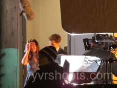 SHOOT: FIFTY SHADES OF GREY Films Jamie Dornan & Dakota Johnson in Gastown