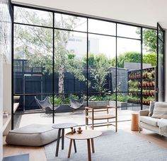 'Minimal Interior Design Inspiration' is a biweekly showcase of some of the most perfectly minimal interior design examples that we've found around the web - Interior Minimalista, Interior Design Examples, Interior Design Inspiration, Daily Inspiration, Interior Exterior, Interior Architecture, Asian Interior, Room Interior, Exterior Design