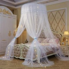 32 Lovely Romantic Canopy Bed Design Ideas For Your Beautiful Bedroom Bedroom Decor For Teen Girls, Teen Room Decor, Teen Bedroom Lights, Teen Girl Bedding, Queen Bedding, Bedding Sets, Bedroom Ideas, Dream Rooms, Dream Bedroom