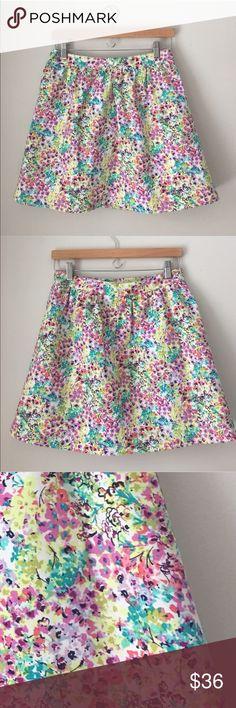 Victoria's Secret Watercolor Floral Skirt Size 6 Gorgeous textured Watercolor Floral skirt by Victoria's Secret. Rear zip. Size 6. Excellent condition. Victoria's Secret Skirts