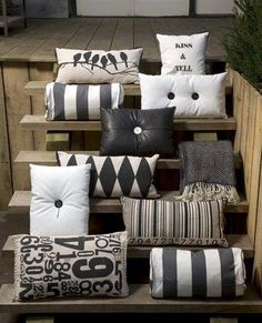 Good pillows patterns to add tension and carry it throughout the house
