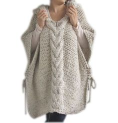 Plus Size Knitting Poncho with Hoodie - Over Size Tweed Beige Cable Knit by Afra Poncho Au Crochet, Hand Crochet, Knit Crochet, Free Crochet, Crochet Bikini, Loom Knitting, Hand Knitting, Knit Fashion, Crochet Clothes