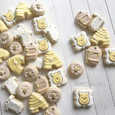 """611 Likes, 20 Comments - Natasha (@natsweets) on Instagram: """"Classic Winnie the Pooh Minis"""""""