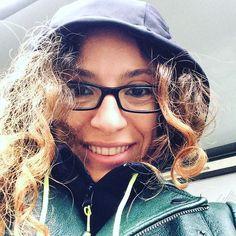 Incappucciata contro pioggia vento e gelo mi rincuora il fatto che sto andando ad incontrare @richardromagnoli  #yogadellarisata #richardromagnoli #laughteryoga #risata #coachmag #natasciapane #nonmollodiuncentimetro