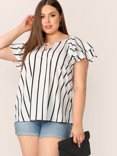 To find out about the Plus V-cut Front Layered Flutter Raglan Sleeve Top at SHEIN, part of our latest Plus Size Blouses ready to shop online today! Plus Size T Shirts, Plus Size Blouses, Plus Size Tops, Plus Size Women, V Cuts, Types Of Sleeves, Plus Size Fashion, Fashion News, Clothes For Women