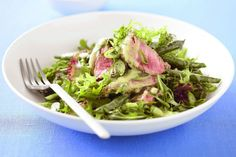 Drizzled with a tangy tarragon vinaigrette, this fresh and simple beef salad is perfect for summer entertaining. Beef Recipes, Salad Recipes, Beef Rump, Steak Salad, How To Cook Steak, Summer Salads, Green Beans, Dinner Recipes