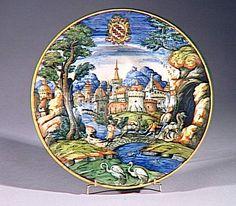 Musée d'Ecouen. Assiette aux armes de la famille Salviati. EC285. 1550-1560. Manufacture de GUIDO DURANTINO (vers 1525- ?) site de production incertain. Faïence.