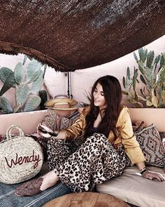 This is how I wear leopard! How will you wear it? @loavies #girlsgoneloavies #travel #marrakech #marrakesh #ootd #fashion #instagood…