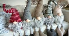 Gnome children, felt and sheep wool Christmas Gnome, Christmas Projects, Winter Christmas, Felt Crafts, Holiday Crafts, Crochet Crafts, Navidad Diy, Christmas Decorations, Christmas Ornaments