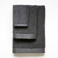 a luxurious gift for a couple with a new home logan organic cotton towels in gray modern bath accessories unison cascadia hardware distributors c125 shaped
