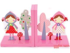 little red riding hood book ends  http://www.ameliesroom.com.au/little-red-riding-hood-book-ends#