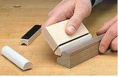 Ah! E se falando em madeira...: Woodsmith tips: Profile Sanding Block Woodworking Workshop, Woodworking Jigs, Woodworking Projects, Moulding Profiles, Tool Shop, Sanding Block, Diy Workshop, Wood Tools, Shop Plans