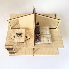 Maison de poupée par MilkyWood sur Etsy