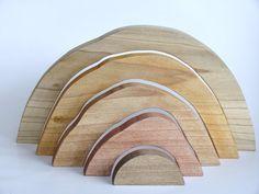 Waldorfd'empilage en bois  PUZZLE  bois teintes  par applenamos, $40.00