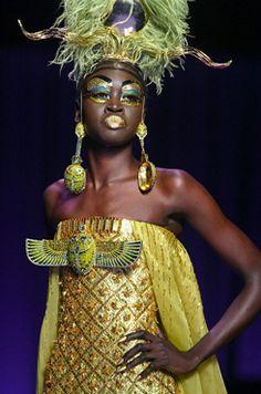Reviving it Egyptian Style. Egyptian Fashion, Egyptian Women, Cleopatra, Gay Costume, Costumes, Christian Dior, Timeless Fashion, Vintage Fashion, Givenchy