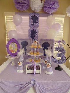 A Glam A-DORA-ble party theme
