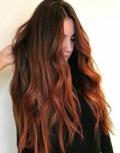 Kastanjebruin haar met donkere wortels Source by Auburn Hair Dye, Dark Auburn Hair, Auburn Balayage, Balayage Hair, Dark Hair, Red Hair With Dark Roots, Copper Balayage Brunette, Auburn Red, Brown Hair