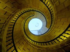 The Triple Stairs (santiago De Compostela, Spain) This is the only staircase in the world of this kind: actually there are three stairs ascending, making a triple helice. Stairs Architecture, Amazing Architecture, Architecture Details, Grand Stairway, Stairs To Heaven, Spiral Shape, House Stairs, Spain And Portugal, Beautiful Space