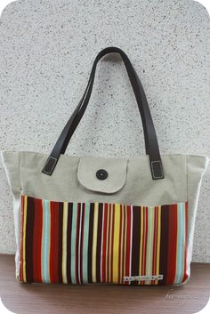 sewsweetness.com - DIY tote bag with leather straps - Welcome to Reader Tutorial week here at Sew Sweetness! Each day this week will feature a wonderful step-by-step sewing tutorial from one of my readers. Today's guest post is from Gabi atBee Inspired. Gabi has other sewing, crafting, and cooking tutorials over on her site, so hop on over and check it out!! Thanks Gabi!… ReadMore