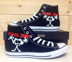 Pearl Jam Converse, want!