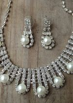 Rhinestone & Pearl Jewelry Set. Perfect for a wedding or prom! $9.99