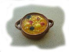 Fabada Clay Food, Mini Foods, Spanish Food, Miniature Food, Pretty, Unique, Desserts, Meals, Tiny Food
