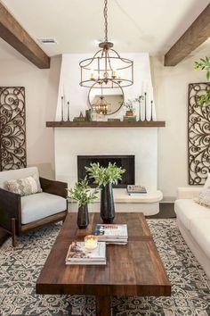 Cozy farmhouse living room decor ideas (5)