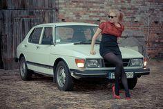 Saab 99 and beautiful girl Saab 900, Classic Girl, Car Girls, Car Photos, Volvo, Cars And Motorcycles, Techno, Vintage Cars, Dream Cars
