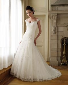 Capped Sleeve Sweetheart Satin Tulle Lace A-line Wedding Dress