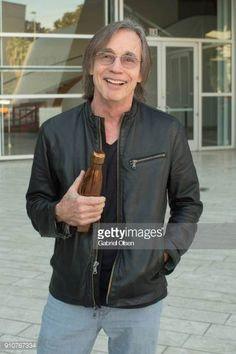 Jackson Browne attends the Turnaround Arts music video taping for 'Love Train' at Walt Disney Concert Hall on January 26 2018 in Los Angeles. Jackson Browne, Walt Disney Concert Hall, Art Music, The Man, Music Videos, Bomber Jacket, Leather Jacket, Singer, January 26