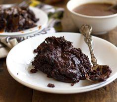 Υγρό κέικ με σοκολάτα και καραμέλα