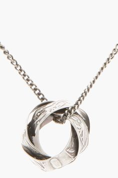 GOTI Silver Jumbled Ring Pendant Necklace