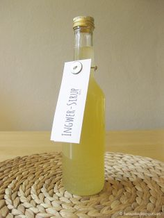 Ingwer-Sirup gegen Erkältungen // Making Ginger-Syrup... by Die Raumfee