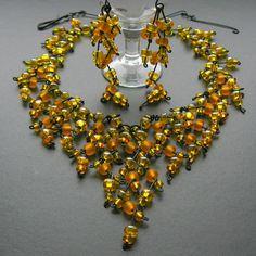 wire wrapping necklace & earrings - drátovaný náhrdelník a náušnice U Bedrunky - Fler.cz Beaded Necklace, Beaded Bracelets, Jewelry, Fashion, Beaded Collar, Moda, Jewlery, Pearl Necklace, Jewerly