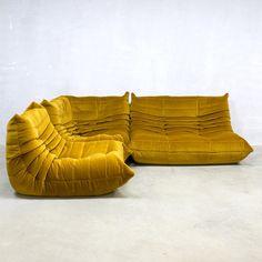 Navy blue Velvet Togo sofa by Michel Ducaroy for Ligne Roset France 70s Furniture, Victorian Furniture, Furniture Logo, Cheap Furniture, Discount Furniture, Living Room Furniture, Furniture Design, Furniture Removal, Furniture Outlet