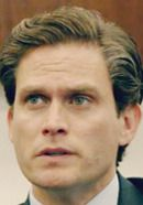 Steven Pasquale as Mark Fuhrman in American Crime Story: The People v. O.J. Simpson TV show. We fact-checked the show here: http://www.historyvshollywood.com/reelfaces/people-v-oj-simpson/