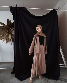 Modest Fashion Hijab, Modern Hijab Fashion, Muslim Women Fashion, Casual Hijab Outfit, Hijab Fashion Inspiration, Street Hijab Fashion, Modest Outfits, Fashion Outfits, Ootd Hijab