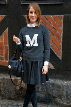 Sweatshirt from Moss Copenhagen and leather skirt from Second Female: http://www.kathrinerostrup.dk/2014/02/school-girl/