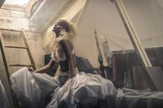 Benjamin Von Wong - A viral creative focused on telling epic stories through his surreal photography and videography experiences. Photography And Videography, Photography Business, Photography Tips, Portrait Photography, Fantasy Photography, Fashion Photography Inspiration, Portrait Inspiration, Benjamin Von Wong, Business Portrait