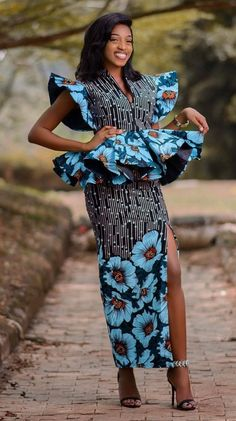 Native skirt and blouse Most Fashionable Native Ankara Skirt & Blouse styles You Should Try Latest Ankara Dresses, Ankara Dress Styles, Latest African Fashion Dresses, African Dresses For Women, African Print Dresses, African Print Fashion, African Attire, Blouse Styles, African Prints