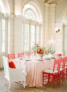 Red inspired wedding table: http://www.stylemepretty.com/2014/02/17/romantic-red-wedding-inspiration/ | Photography: KT Merry - http://www.ktmerry.com/