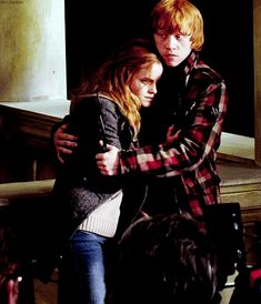 He would do anything to protect her, these two are so great together don't tell me otherwise