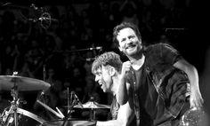 Ed & Matt | Pearl Jam | Los Angeles 11/23
