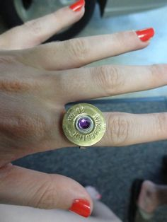 Shotgun Shell Ring for the Country or Hunting & Firearms Lover with Swarovski Crystals via Etsy Country Girl. Bullet Ring, Bullet Art, Bullet Shell, Bullet Jewelry, Shotgun Shell Wreath, Shotgun Shell Jewelry, Shotgun Shells, Gun Shell Crafts, Jewelry Art